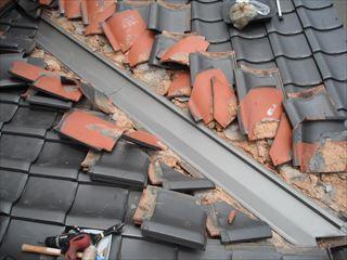 屋根板金を交換