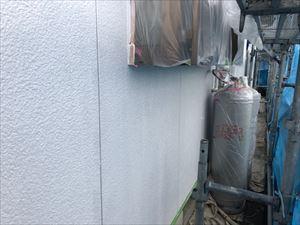住宅外壁の上塗り1回目の完了