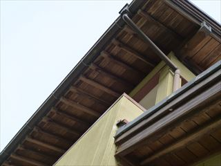 漂白洗浄塗装する前の軒天井