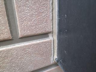 劣化した窓廻りのシーリング