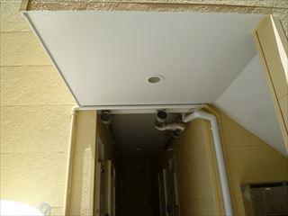 塗装後の天井、外壁