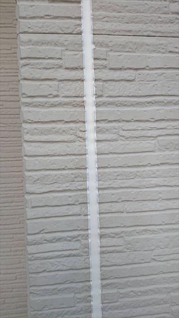 打ち替えられた外壁シーリング