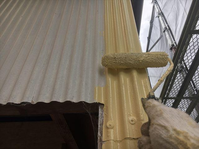 鋼板外壁の上塗り塗装