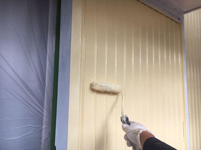戸箱の上塗り塗装