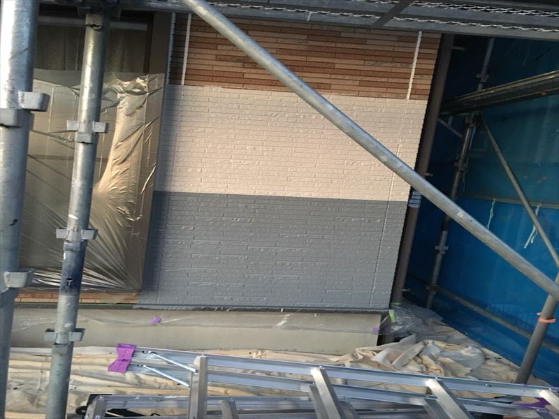 住宅外壁にお試し塗装