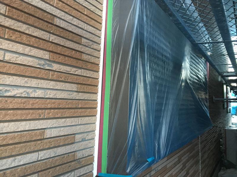 住宅窓をナイロン養生