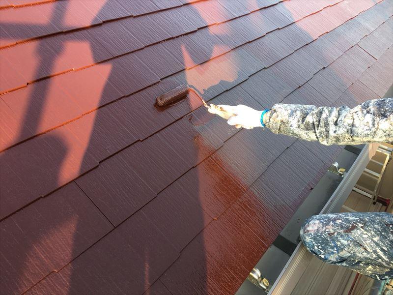 住宅コロニアル(カラーベスト屋根)上塗り1回目
